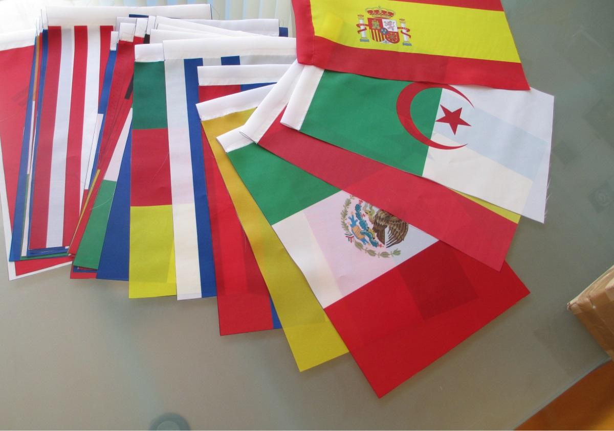 Bandeiras de secretária 15x10 cm. Todos os países